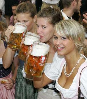pivo+ženy=fotbal